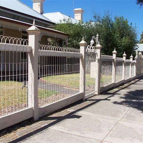 Heritage Fences Geelong Emu Wire Fencing Surfcoast Lara